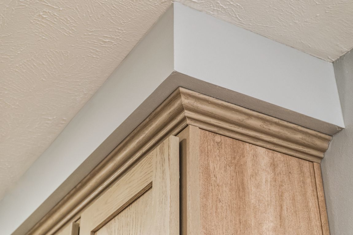 Soffit above Kitchen Cabinets | Commodore of Indiana